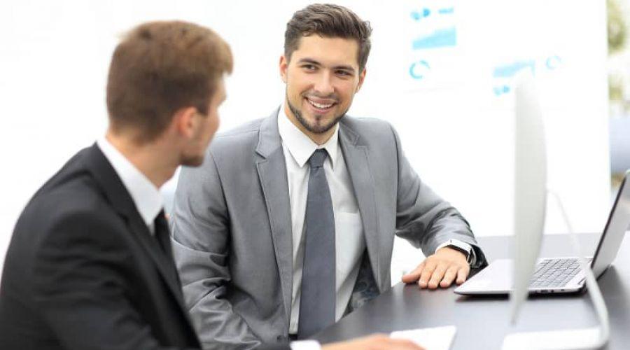 Sitzhaltung als Stilmittel der nonverbalen Kommunikation
