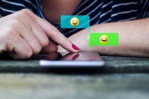 Emojis und kurze Posts – im Business erfolgreich schnell kommunizieren