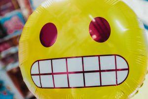 Schluss mit lustig! Geben Witze deiner Präsentation die richtige emotionale Würze?