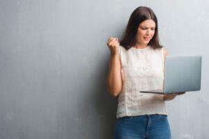 Online Meeting frisst Arbeitszeit: Sind Videokonferenzen zu einfach?
